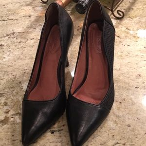 Comfortable heels  two textures of leather
